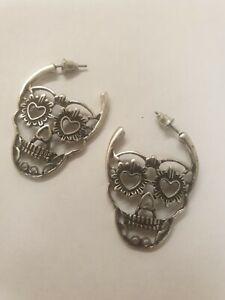 Antique Silver Tone Decorative Skull Head Drop Earrings Gothic Punk Halloween