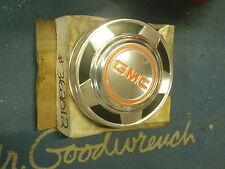 NOS GM 76 78 79 80 81 82 85 87 88 JIMMY SUBURBAN GMC Dog Dish Hubcap Wheel Cover