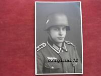 Foto Soldat in Uniform mit Stahlhelm M 35  2.WK  Top!!!!!!