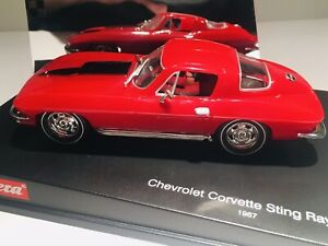 Carrera Evolution 1/32  Chevy Corvette Sting Ray 427. 1967 Mint In Display Case