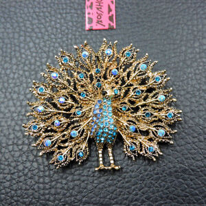 New Betsey Johnson Blue Crystal Enamel Exquisite Peacock Charm Brooch Pin Gift