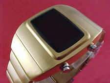 GOLD 1970s Old Vintage Style LED LCD DIGITAL Rare Retro Mens Watch 12 24 hour Om