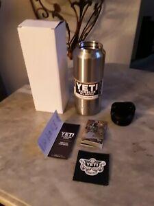 Yeti YRAMB36 Rambler Bottle 36oz new new new