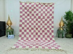 "Handmade Moroccan Beni Ourain  5'2""x8'3"" Checkered Berber White Pink Wool Rug"