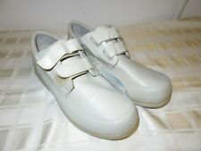 Men's 13W Wide Dr. Scholls Dyna Strap Shoes
