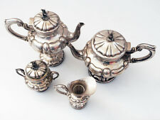 Wunderschöne Kaffee-, Tee Kanne, Milchkännchen, Zuckerdose; 800 Silber; 905 g