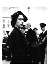 Postcard Princess Margaret at a Wedding in Westminster, London Oct 9th 1951 BW13