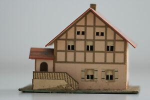 altes Haus Fachwerk m.Treppe in Pappe Bauweise  Erzgebirge Spur S H0 Handbemalt