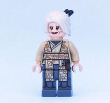 Custom Jocasta Nu Librarian jedi Star Wars minifigures on lego bricks