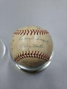 New York Yankees 1950s Facsimile Signed Baseball Mickey Mantle Sweet Spot HOF'S