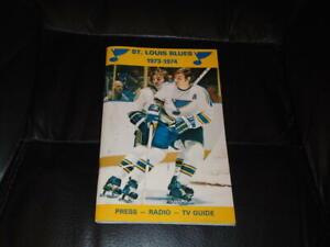 1973 1974 ST. LOUIS BLUES NHL HOCKEY PRESS MEDIA GUIDE BOB PLAGER NEAR MINT