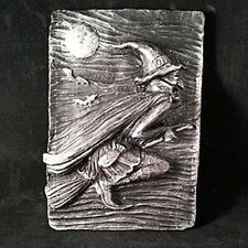 """SUMMERISLE """"THE FLYING WITCH""""  WALL PLAQUE PAGAN/WITCHY/WICCAN HAND MADE NEW"""