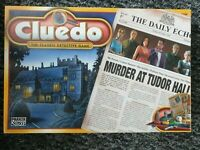 Cluedo The Classic Detective Game-Murder at Tudor Hall -  COMPLETE