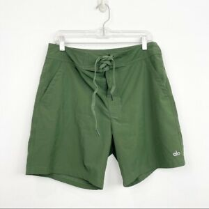 Alo Yoga Size M Medium Mens Green Plow Board Shorts Athletic