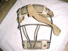vintage SIGNED -  SPALDING CATCHERS MASK - VERY NICE CONDITION