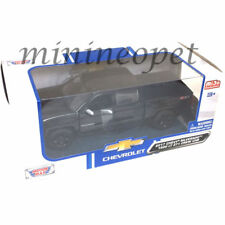 MOTORMAX 79348 2017 CHEVY SILVERADO 1500 LT Z71 CREW CAB PICKUP TRUCK 1/27 BLACK