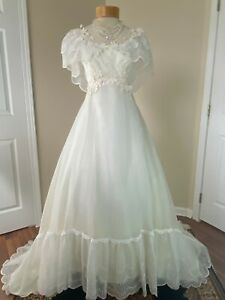 Vintage 70s Prairie Boho Hippie Eyelet Lace Wedding Dress Bridal Gown Sz S 2/4