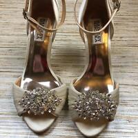 Y-55 Badgley Mischka crystal embellished pumps heels IVORY size 6 *pre-owned
