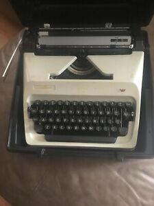 Vintage typewriter, Adler J-5 Rare black keys, case included