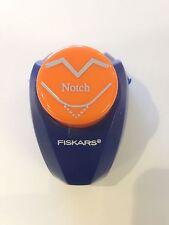 Fiskars Photo Corner Punch - 2305 - Notch - New