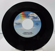 "45 RECORD 7""- LORETTA LYNN - THERE'S ALL KINDS OF SMOKE"