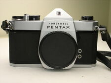 HONEYWELL PENTAX SP1000 Spotmatic  35mm SLR camera body,  SN5722001