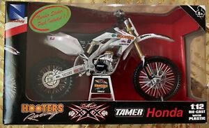New Ray 2008 Honda CRF450R Moto Xxx Hooters racing Dirt Bike Motorcycle 1/12