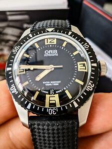 Oris diver sixty-five  men's automatic watch.