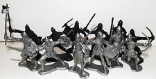 Plastic toy soldiers. Medieval knights. Gray VS Black. 1/35 scale