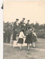 2 x Foto, Soldaten der NVA, DDR, Siegerehrung (N)19365