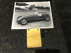 Vintage 1952 Jimmy Bryan Indianapolis 500 B&W 8x10 photo & authentic autograph