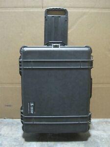 Pelican 1610 Protector Case Rolling Crushproof Dustproof Protection Black+Foam