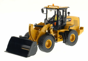 Die cast Masters Caterpillar 930K Wheel Loader 85266 1:50