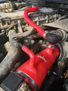 LAND ROVER DISCOVERY 2 TD5 ENGINE OIL BREATHER SILICONE HOSE