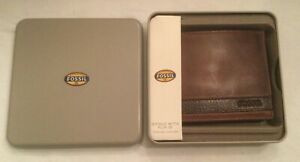 Fossil Quinn Bifold Flip ID Wallet Brown ML3644 NEW with Fossil Tin