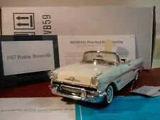 FRANKLIN MINT 1957 PONTAC BONNEVILLE 1:24..NEW IN BOX ..DOCS UNDISPLAYED PERFECT