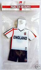 ENGLAND FOOTBALL TEAM Soccer Gear Kit Uniform FAN ON BOARD Suction Window Hanger