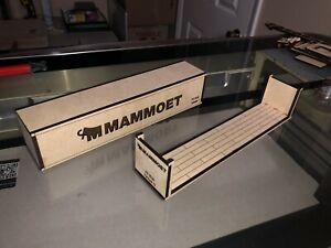 Custom Lionel Mammoet Intermodal Containers and Flat Racks