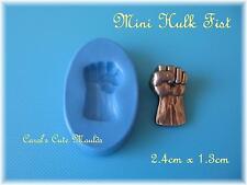 SUGARCRAFT/CAKE DECORATING: DETAILED SMALL MINI HULK FIST SILICONE MOULD