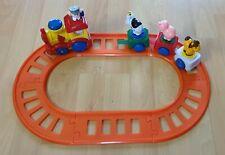 Kleinkinderspielzeug - Eisenbahn mit Schienen - Lok mit Batterie, Geräusch etc.
