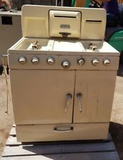 "Gas Cooker New World Rangette by Radiation ""best in its day""! in use until 2018!"