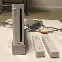 Nintendo Wii Gaming Console Cords Gamecube Compatible White RVL-001(USA)