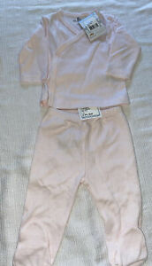 NWT Kissy Kissy cross tee pant 2pc set Pink size 3-6 months