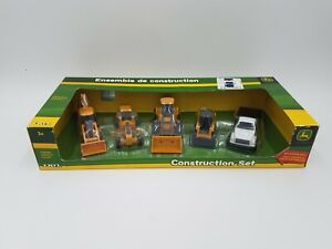 ERTL - John Deere - Construction Set - Asst Tractors & Truck - #35808 ©2010 NOS!