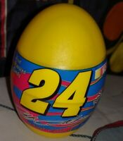 Sealed 2005 Palmer Jeff Gordon 24 Fruit Flavored Candy Filled Plastic Egg