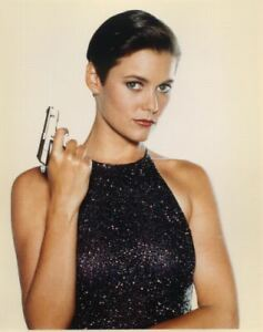 JAMES BOND CAREY LOWELL LETHAL SEXY PISTOL POSE LICENCE TO KILL 8X10 PHOTO