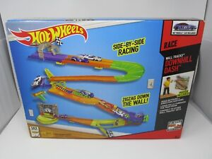 NEW Hot Wheels Wall Tracks Downhill Dash Race Posted Included Mattel