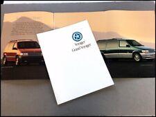 1995 Plymouth Grand Voyager Van 32-page Original Car Sales Brochure Catalog