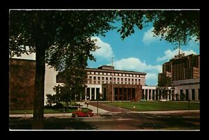 DR JIM STAMPS US DETROIT MICHIGAN MAIN LIBRARY STREET VIEW POSTCARD