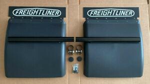 """Quarter Fenders Pair Set 24"""" x 24"""" - Plastic For Freightliner"""